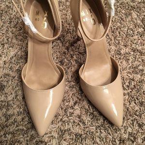 Nude maryjane heels